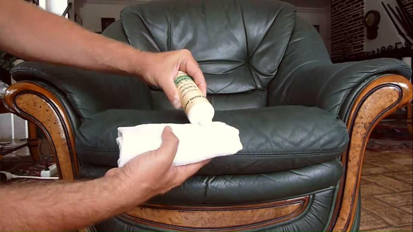 Чем оттереть зеленку с кожзаменителя и других материалов