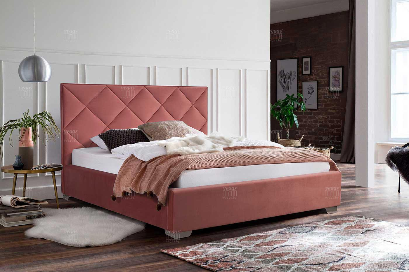 кровати с мягкой спинкой фото сколько людей