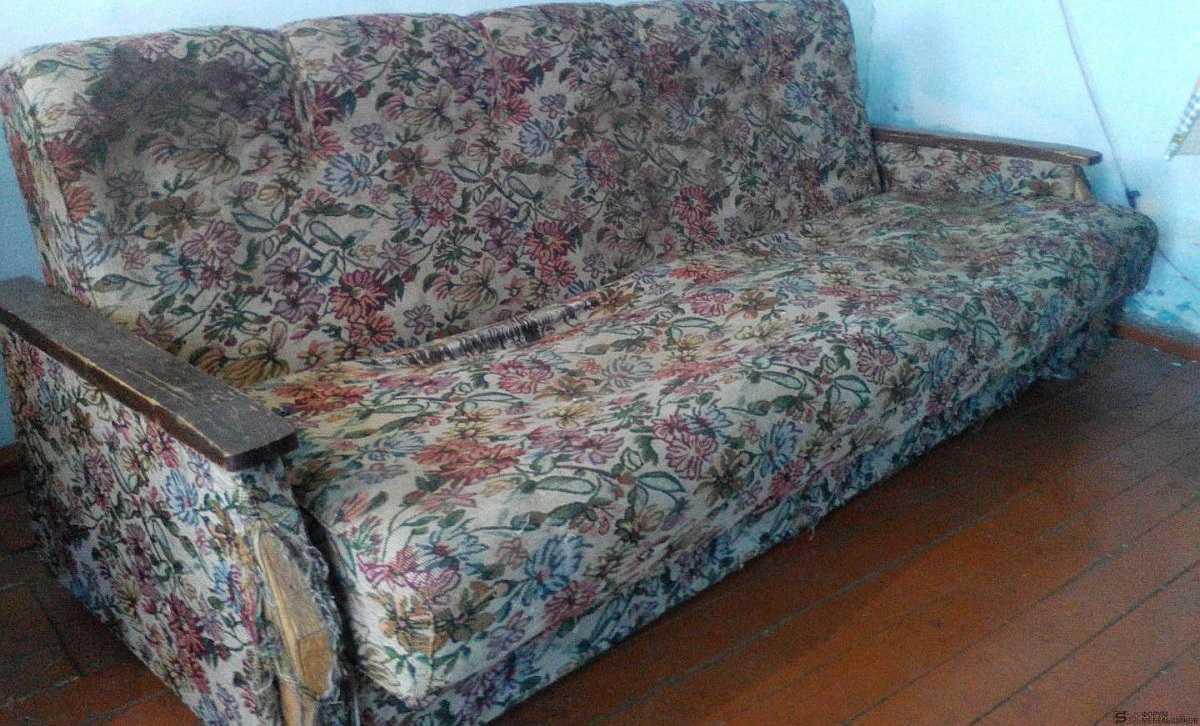 Как поменять обивку дивана своими руками