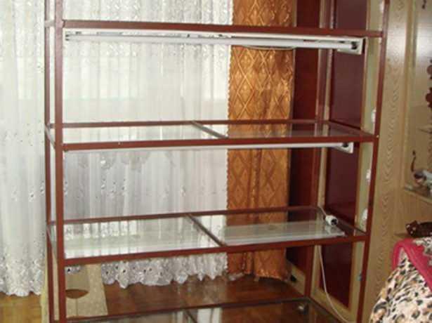 Как изготовить подходящий стеллаж для рассады в домашних условиях?