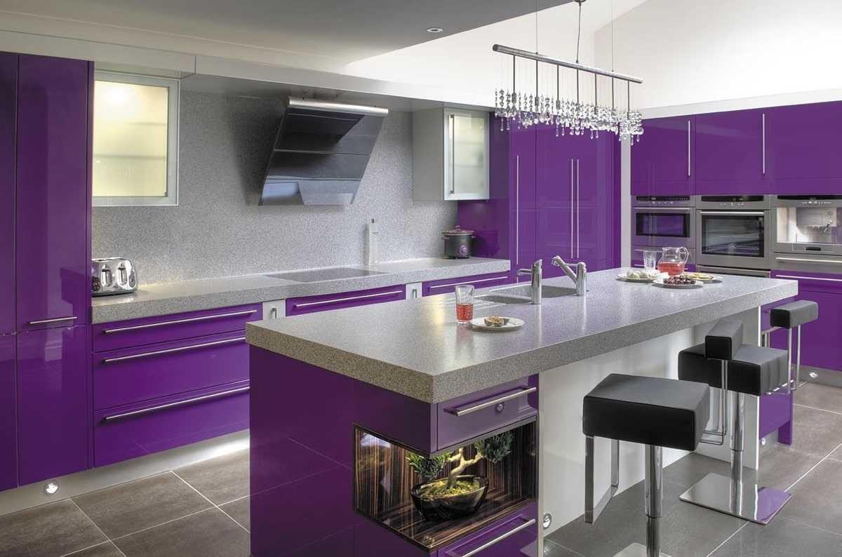 Лиловая кухня: дизайн интерьера лиловой кухни и гарнитура, фото идей оформления